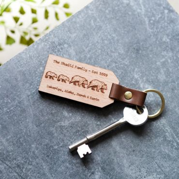 Bear Family Personalised Wooden Keyring